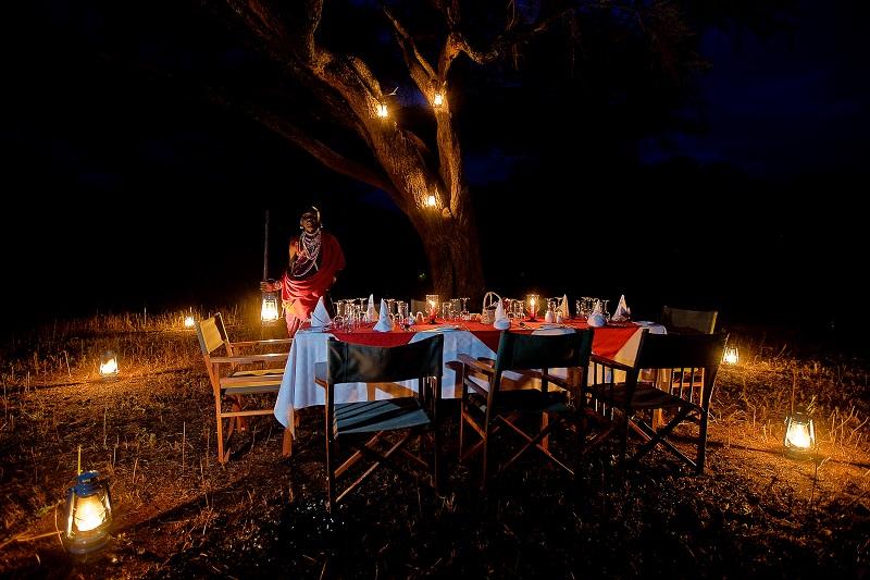 Amboselisopa_Bush Dinner1
