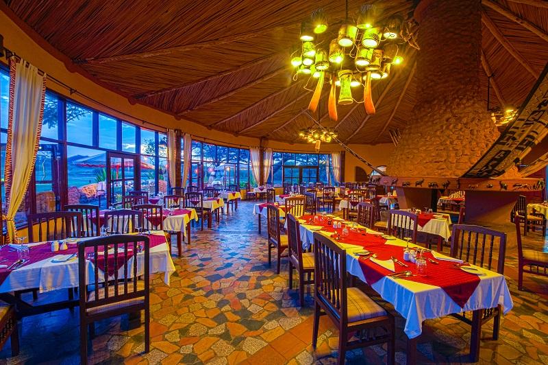Amboselisopa_Dining1b
