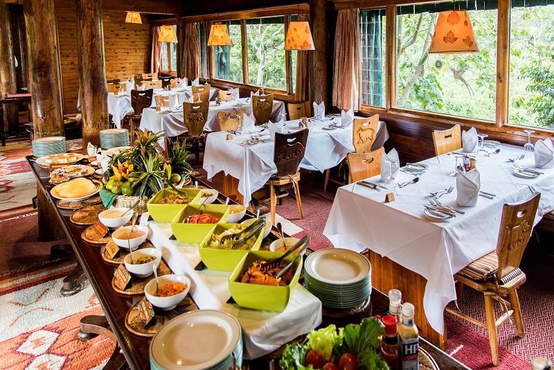 Serena_MT_lodge-Dining Room