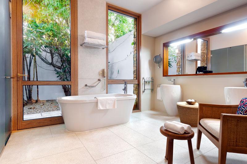ExploreMeliaZanzibar-Villa_Bathroom