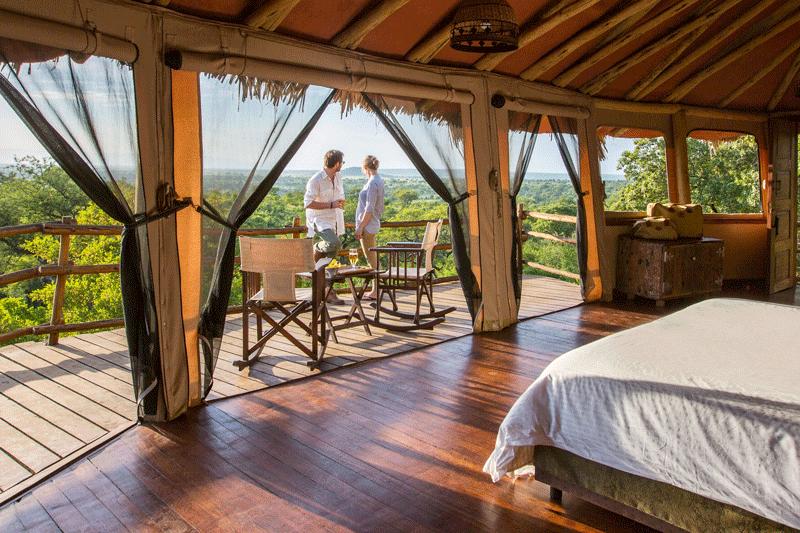 Explore_Elewana-Tarangire-Treetops—accommodation—interior-of-Treehouse-Suite-(c)-Silverless-1