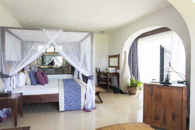 Leopard-Beach-Hotel-Explore-2a