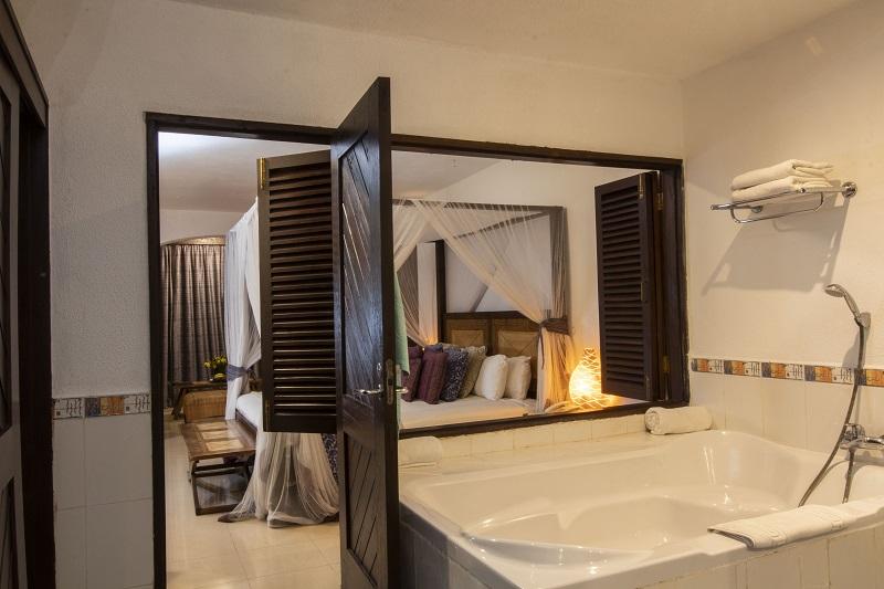 Leopard-Beach-Hotel-Explore-3a