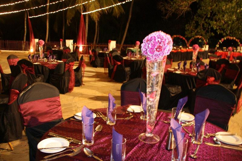 Explore_Leisure-Lodge—restaurant