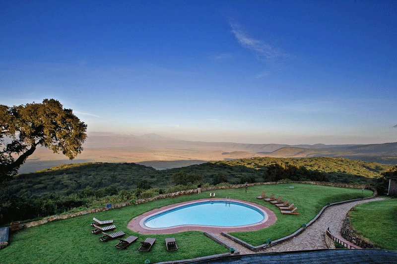 Explore_Ngorongoro_Pool