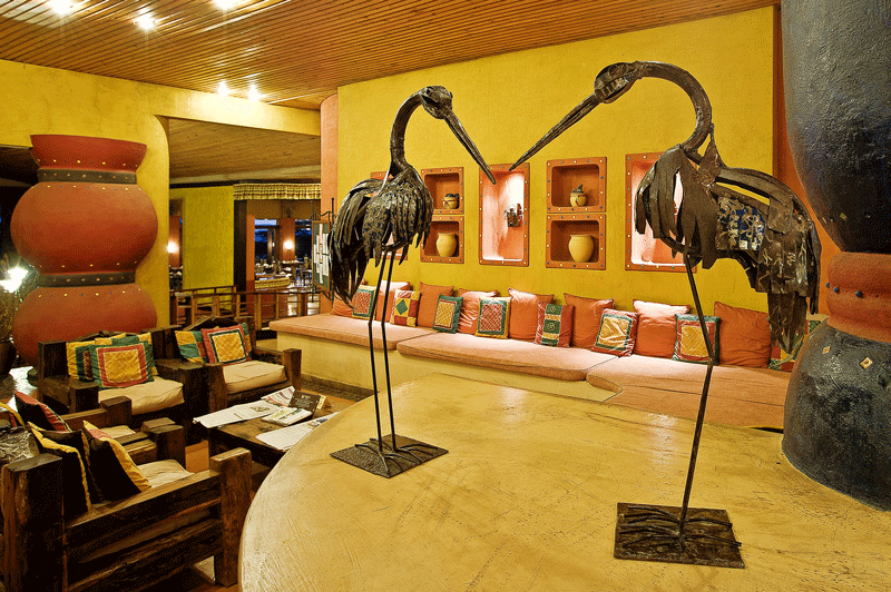 Explore_SerengetiSopa_Bar