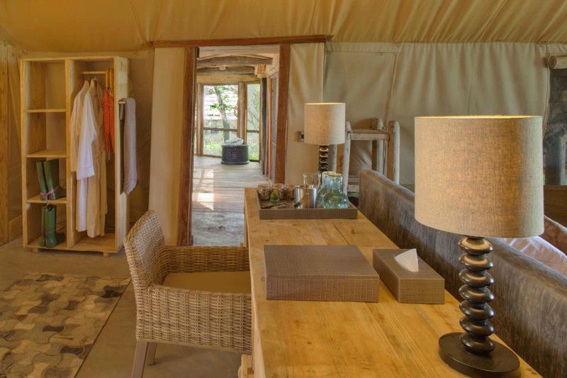 Explore_Family-tent-interior-andBeyond-Grumeti-Serengeti-Tented-Camp