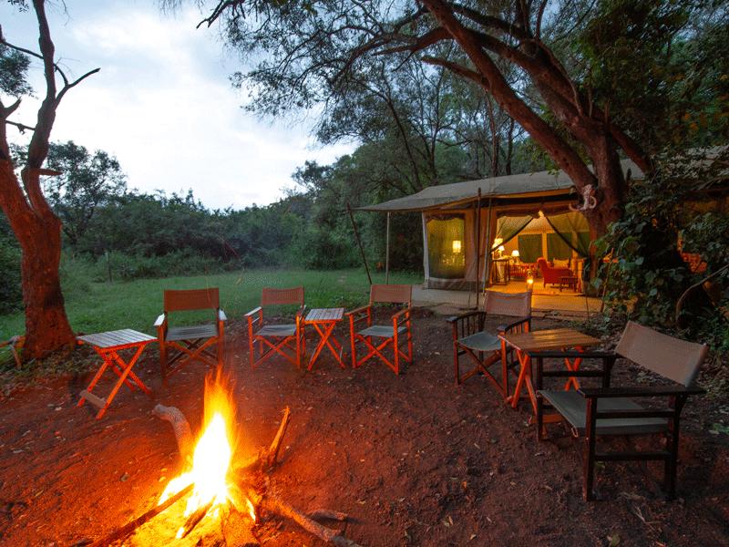 Acc_Nairobi-Tented-Camp—bon-fire