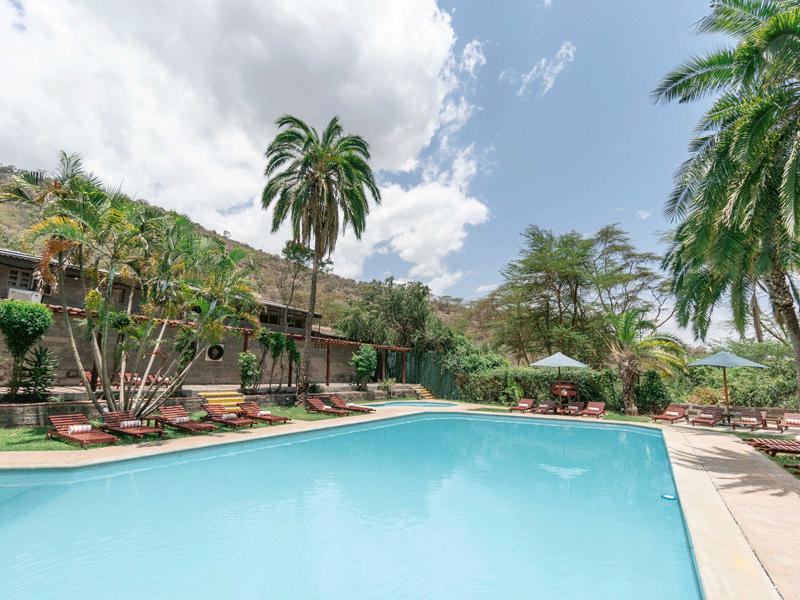 COVER_Sarova-Lion-Hill—Swimming-pool-6