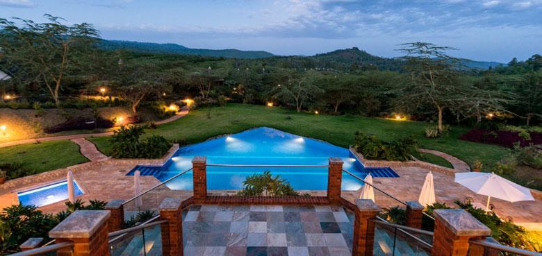Cover-Retreat-at-Ngorongoro