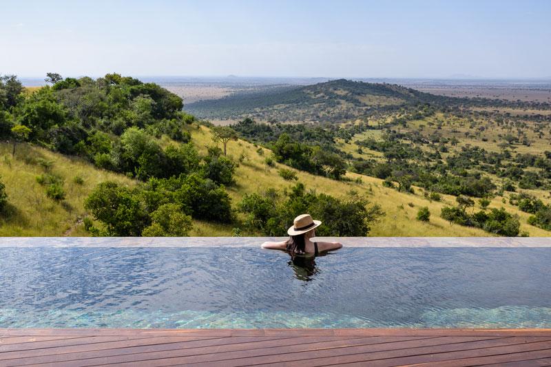 Explore-Hillside-Suite-Singita-Sasakwa-Lodge-Pool-with-a-View