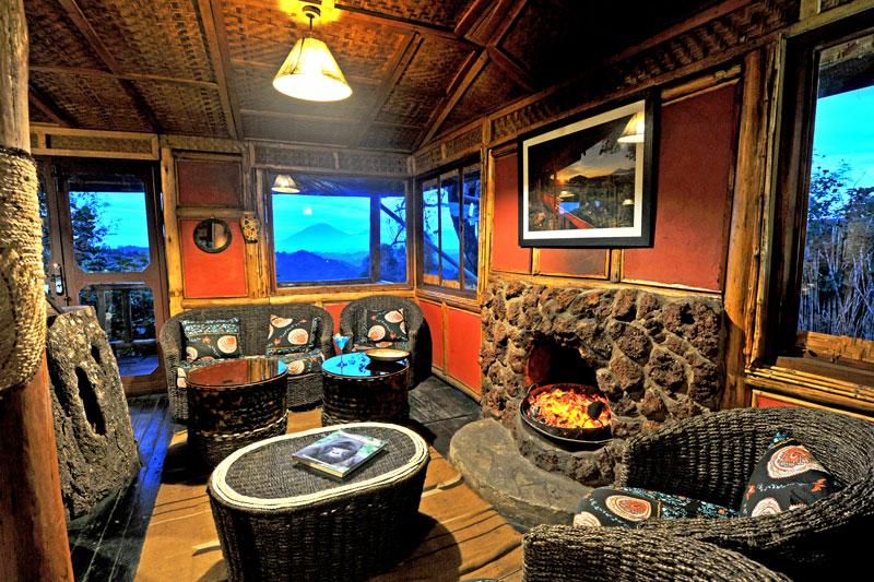 Explore-Nkuringo-Bwindi-Mountain-Lodge-4
