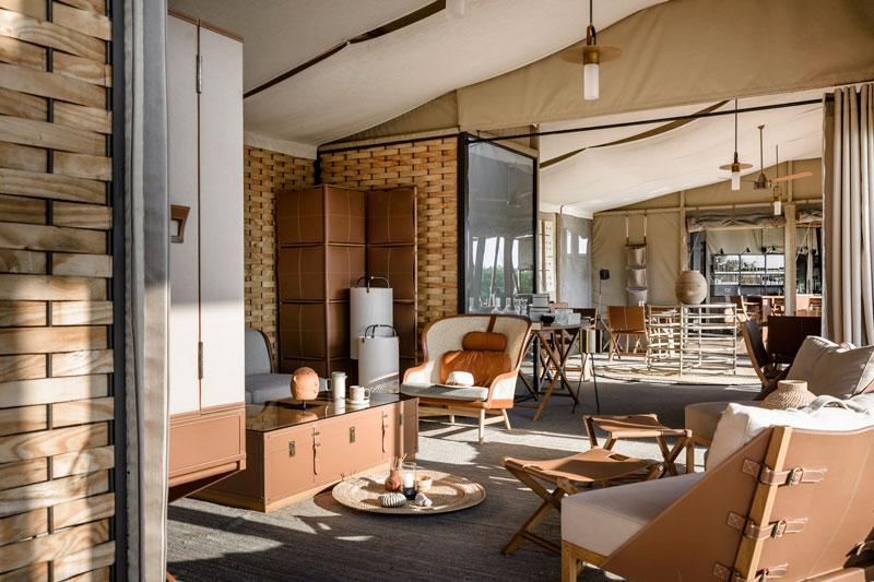 Explore-Singita-Sabora-Main-Lodge-Lounge-scaled