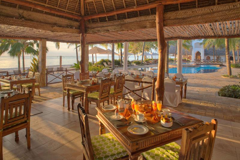 Explore-Sultan-Sands-Mwambao-Restaurant-(1)