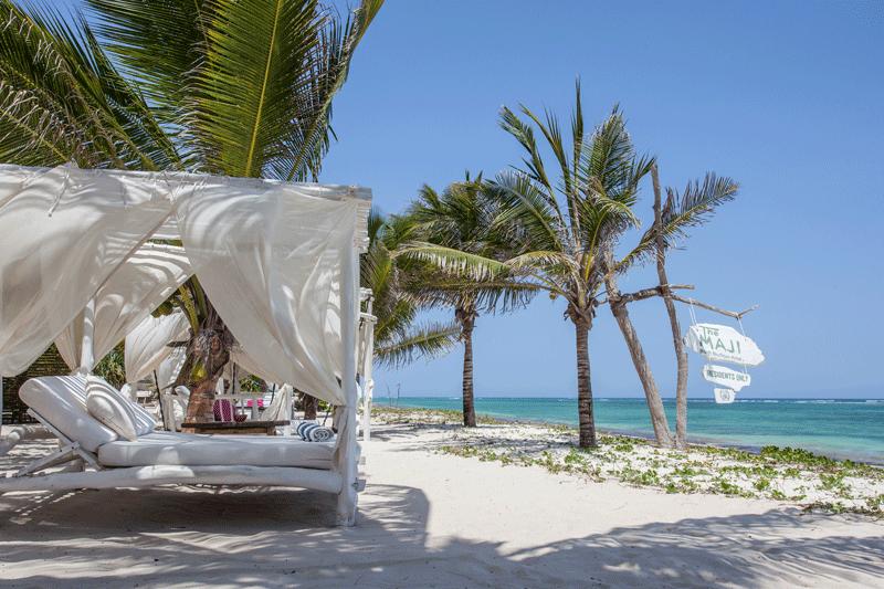 Explore-The-Maji—Beach