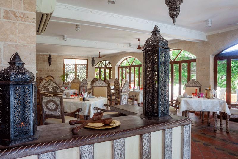 Explore-The-Maji—Dining