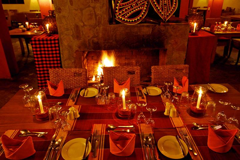 Explore_10-mara_leisure_camp_restaurant-hi