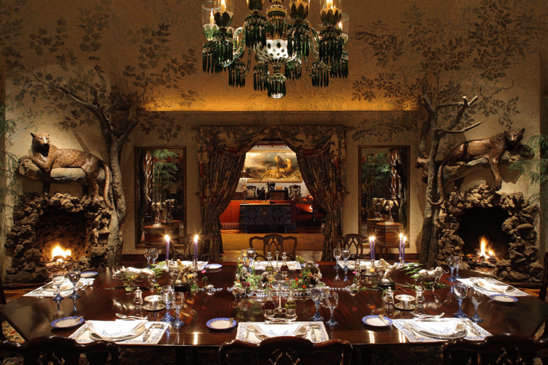 Explore_4-dining-room