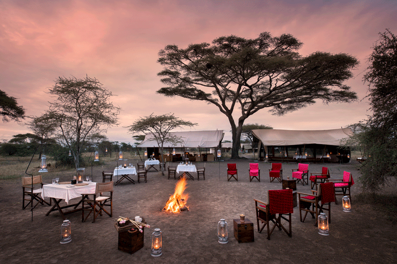 Explore_Around-the-fire-andBeyond-Serengeti-Under-Canvas