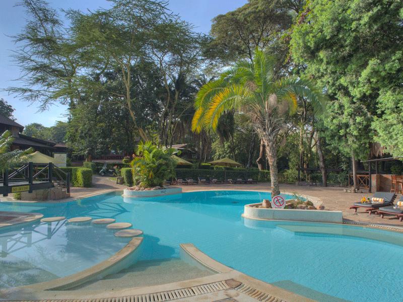 Explore_Cover_Sarova-Mara-Game-Camp—Swimming-pool-2