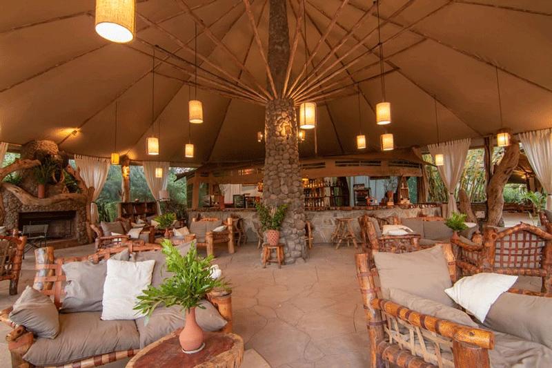 Explore_Kibo-Safari-Camp—Bar-2