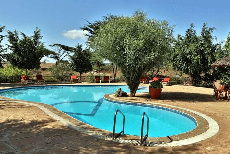 Explore_Kibo-Safari-Camp—pool