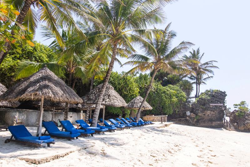 Explore_Leopard-Beach-Resort3