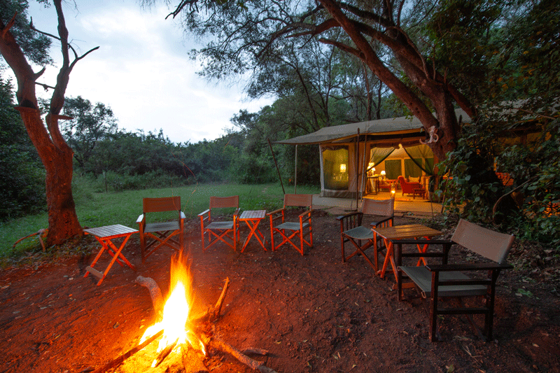 Explore_Nairobi-Tented-Camp—bon-fire