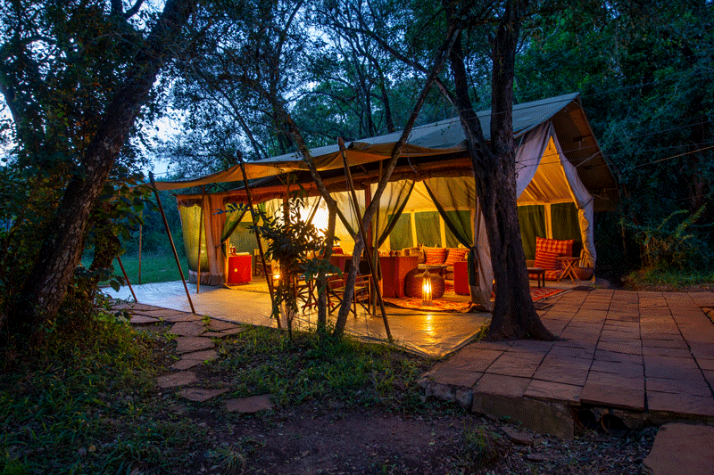 Explore_Nairobi-Tented-Camp—out-view