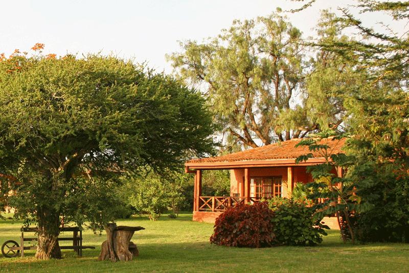 Explore_Sosian-Lodge-gardens
