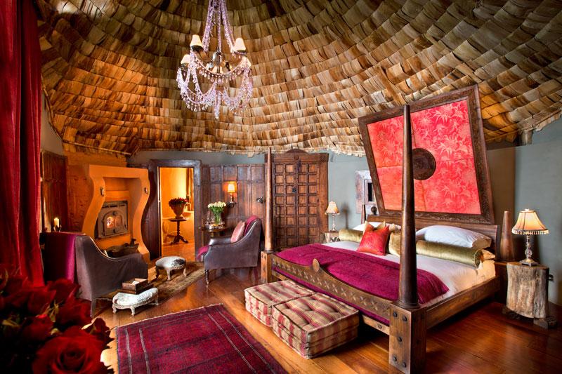 Explore_Suite-interior-andBeyond-Ngorongoro-Crater-Lodge-_2_