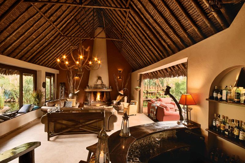 Explore_Tawi-Lodge—lounge