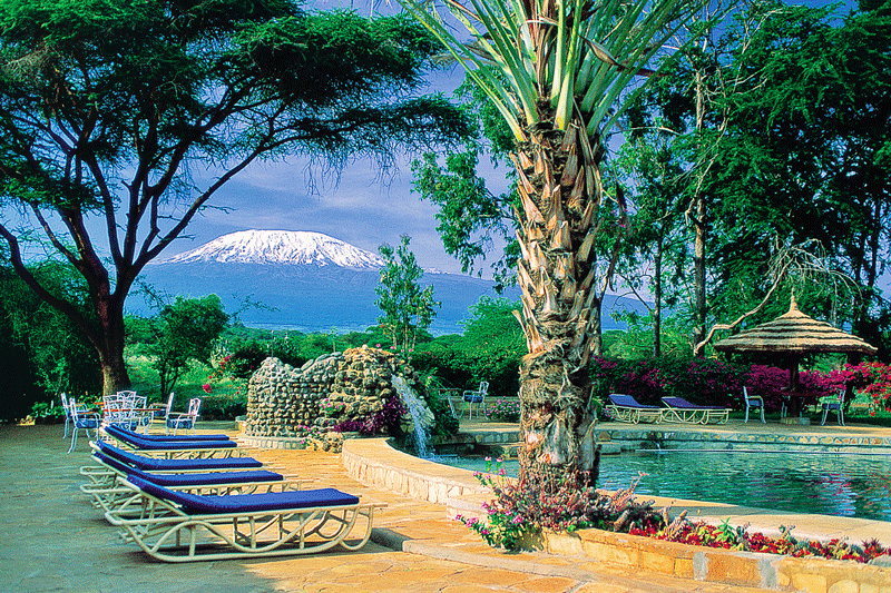 Explore_pool-with-kilimanjaro-in-view