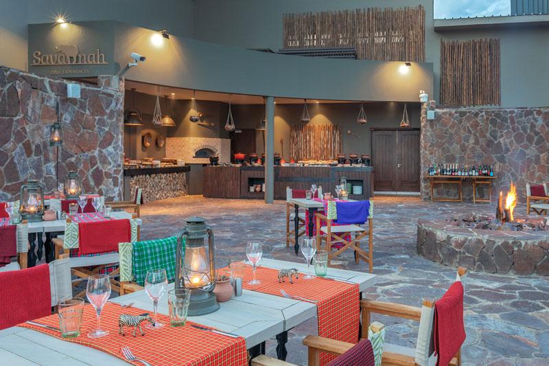 Explore-20MeliaSerengetiLodge-Savannah+Grill+Restaurant