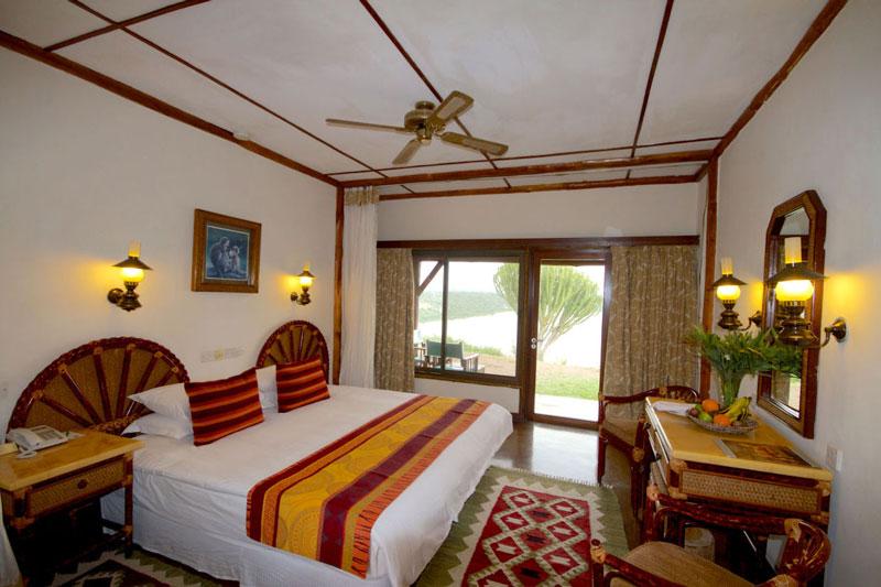 Explore-Mweya-Safari-Lodge-4
