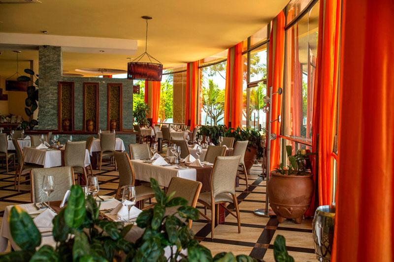 Explore-Protea-Hotlel-Dining