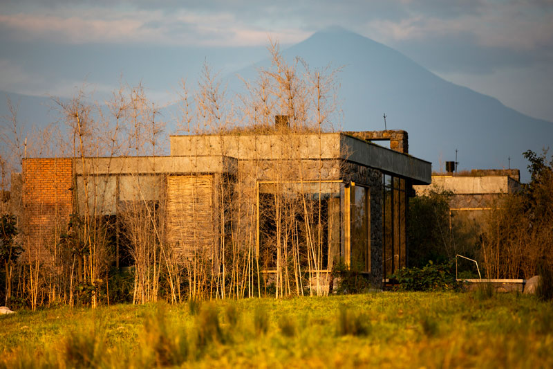Explore-Singita-Kataza-House-Exterior-2