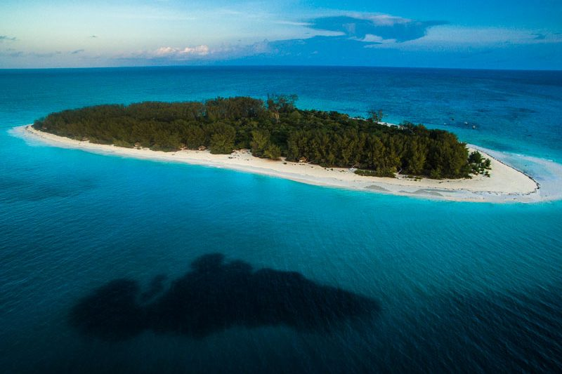 Explore_Aerial-view-of-andBeyond-Mnemba-Island