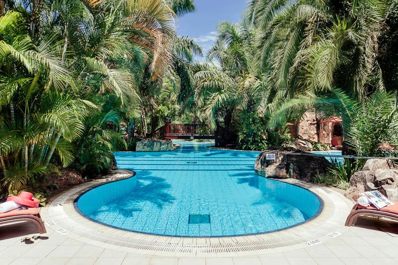 Kampala-Seran-Hotel–Pool