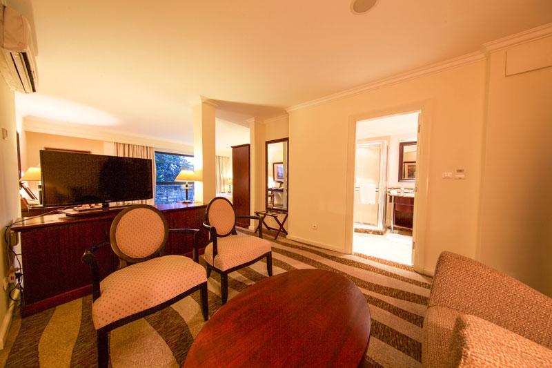 Kigali-Serena-Hotel-Juniorsuite1
