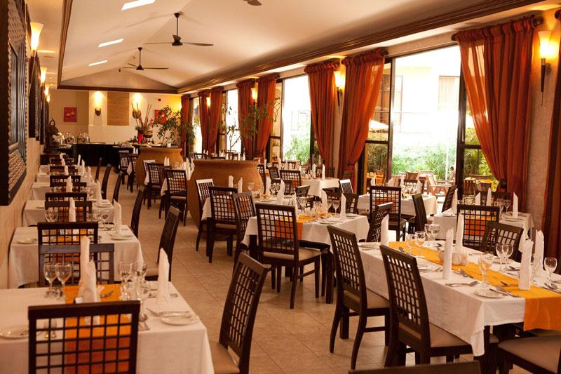 Protea-by-Mariott-Kampal-Dining